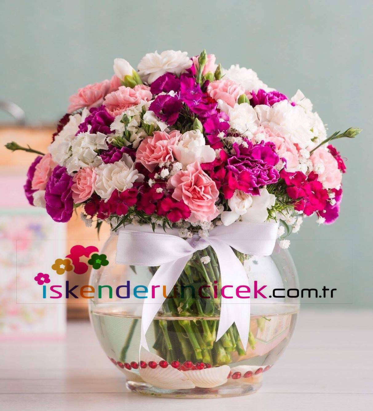 Cam Vanusta Mevsim Çiçekleri